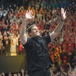 anthony-robbins-foule